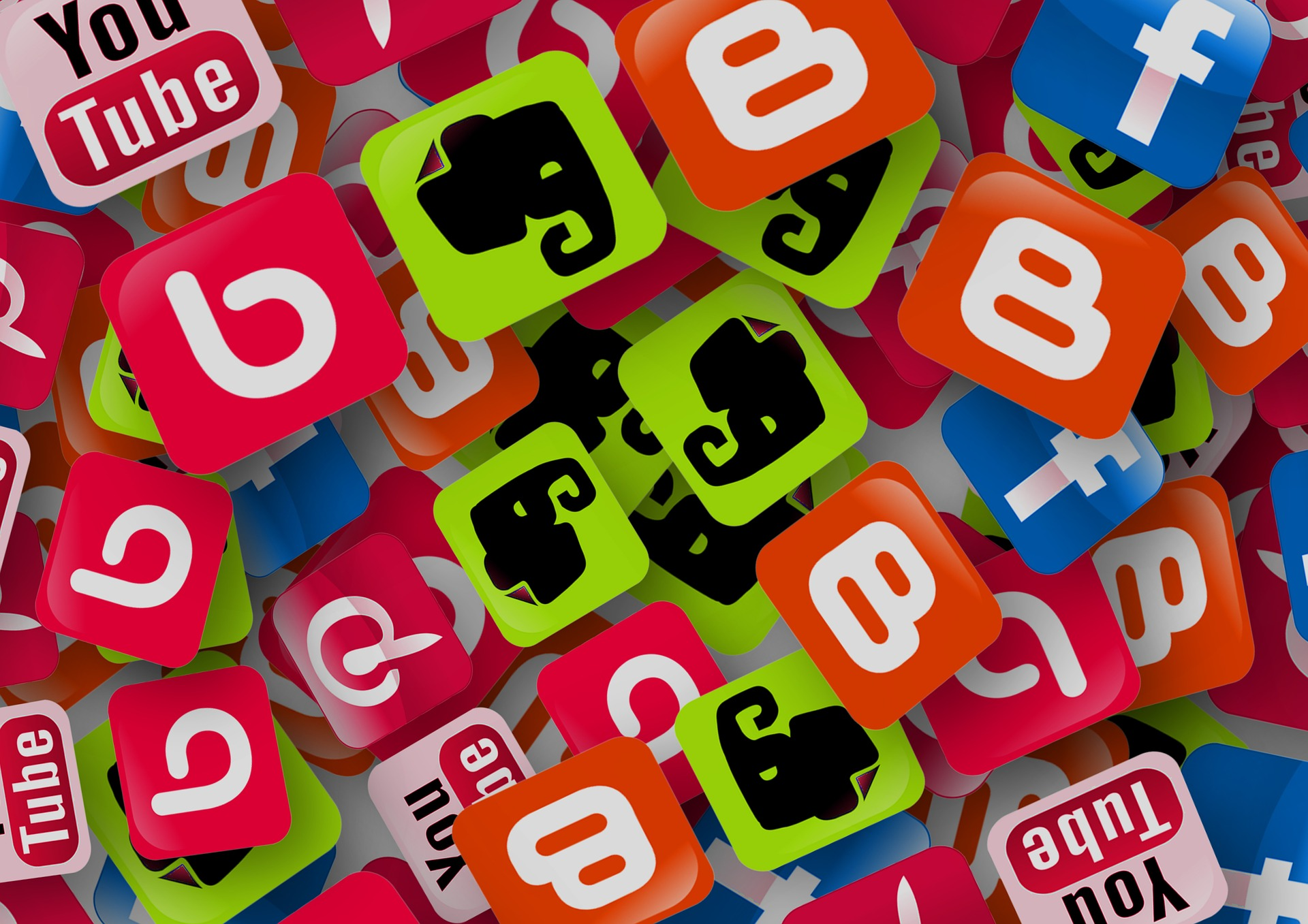 Tuning in to Social Media for Business – Facebook, Twitter, etc.